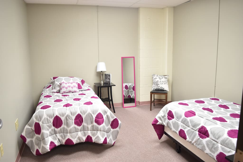 Bedroom #2 (sleeps 2)