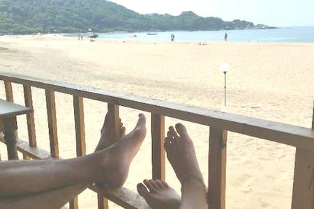 Cosy Sea Facing Cottage With Resto On Agonda Beach