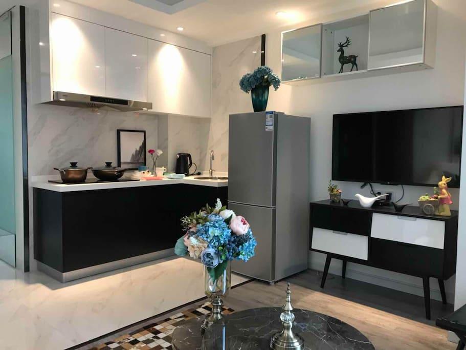 客厅和厨房