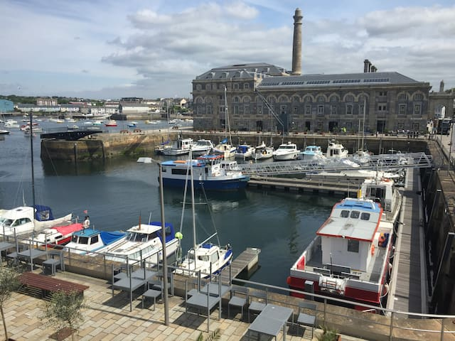 Royal William Yard Apartments - 20 Brewhouse - Plymouth - Apartament