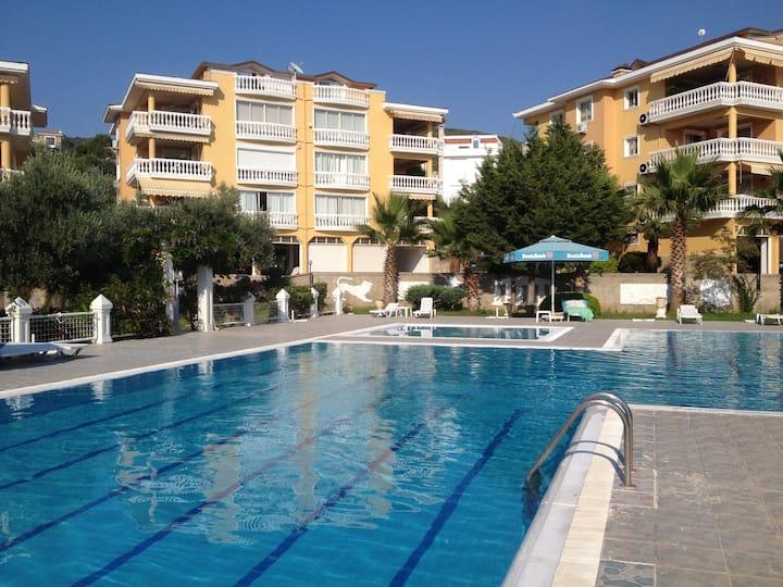 Appartement dans résidence avec piscine privée