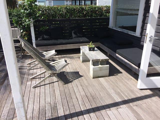 Clean, comfy, sunny and spacious home. - Auckland - Casa