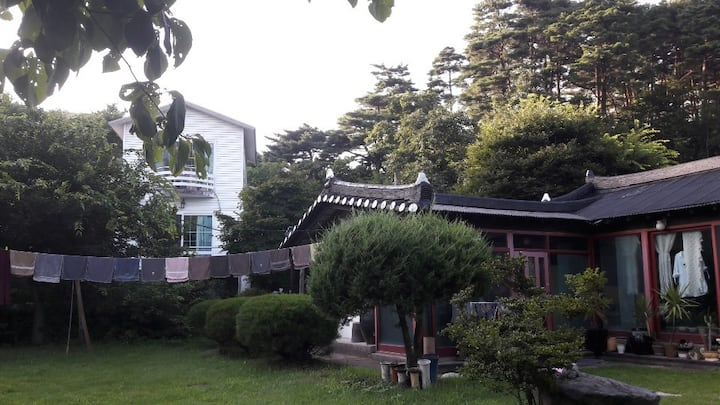"""GodBow Pension"" in YangYang(near Gangneung)"