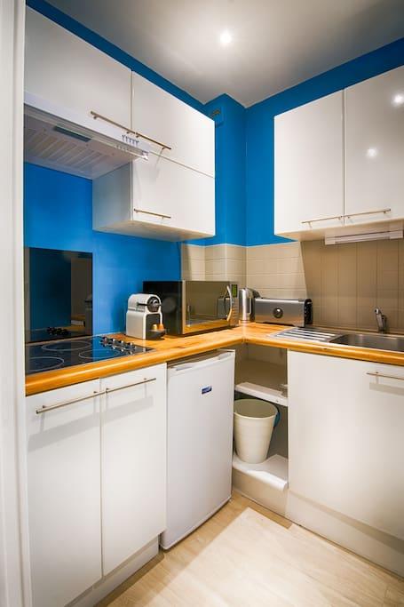 BestHomeNiort - Appartement Amazonia - STUDIO COSY + HYPER CENTRE + LINGE FOURNI