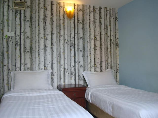 CosyRoom: airconditioned bathroom hot/cold shower - Seremban - Bed & Breakfast