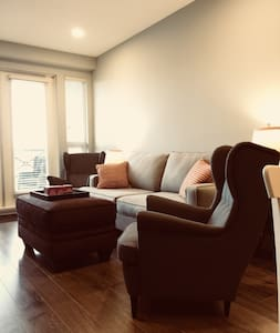 Luxurious apartment in South Surrey