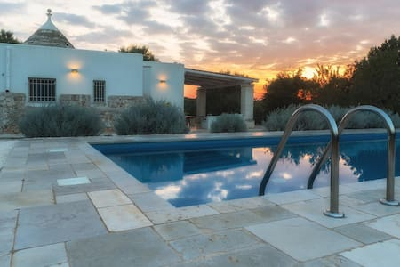 Trullo Giglio, Classic Collection, with pool in Apulia | Rarovillas - Villa