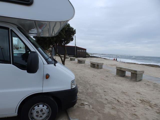 Visite Portugal de Autocaravana - Campismo (K1)