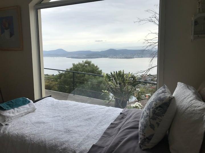 Sandy Bay Panoramic Harbour Room