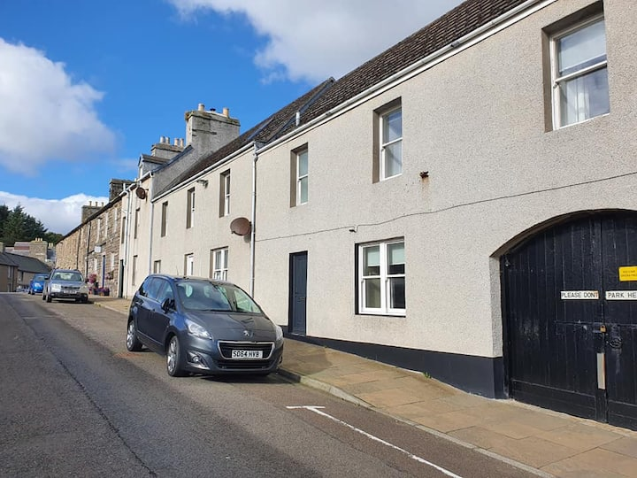 Spacious 2 double bedroom house Wick Harbour
