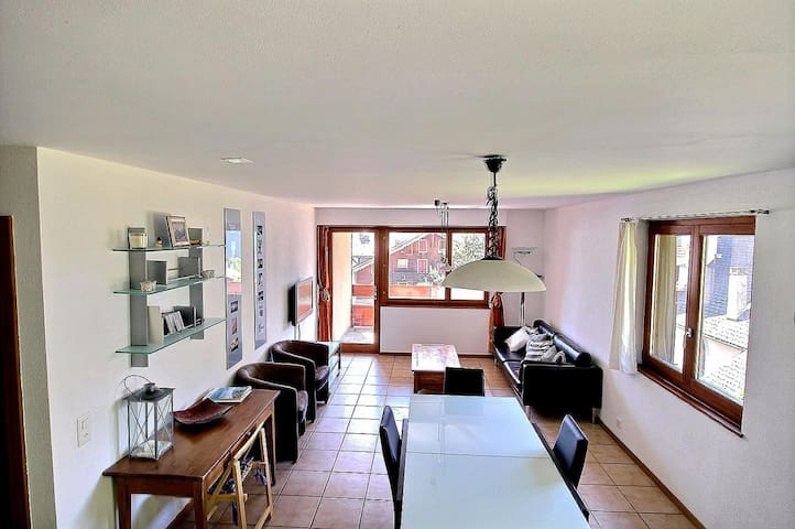 In the heart of the village, 3 bedrooms, spacious with wifi, parking space and beautiful view (6-W)