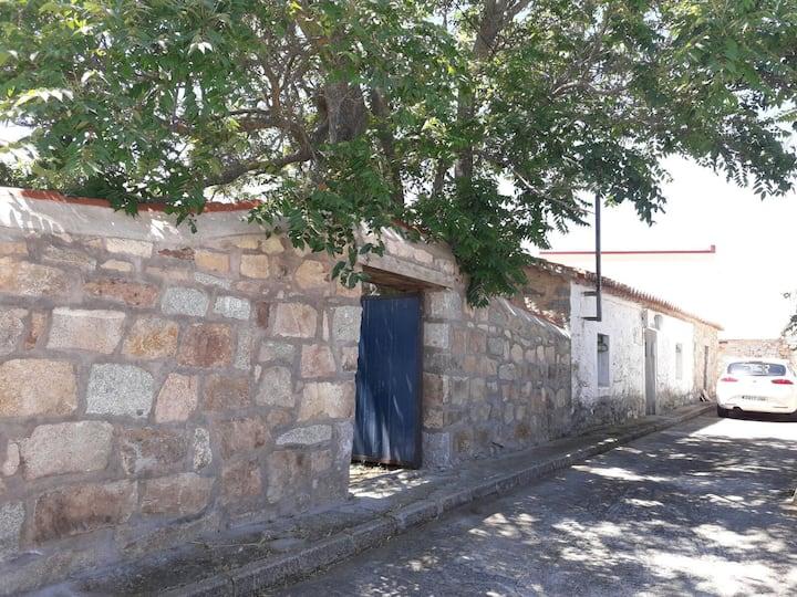 """Casita tranquila """"Los Abuelos"""" (VuT-AV-417)"""