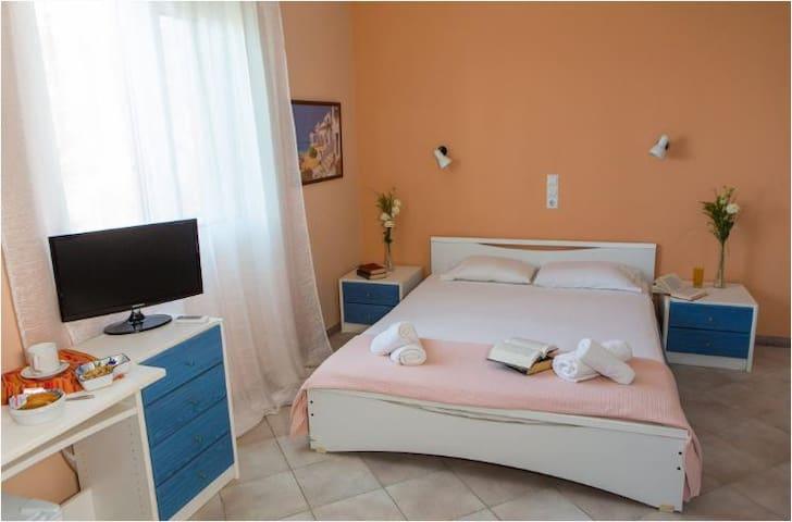 Double Drosia Room - Minia - Rumah Tamu