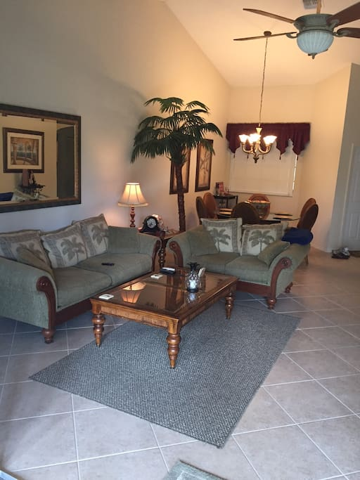 Lely Resort Coach Home 2nd Floor Apartments For Rent In