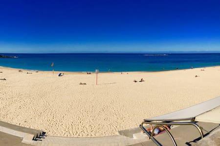 Gorgeous Coogee Beach 2 mins ! - Coogee - Leilighet