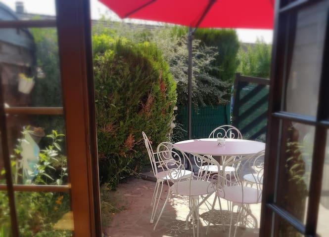 Duplex Rez de Villa indépendant, Nature et calme