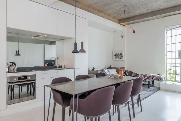 Designer Apartment in Bree Street