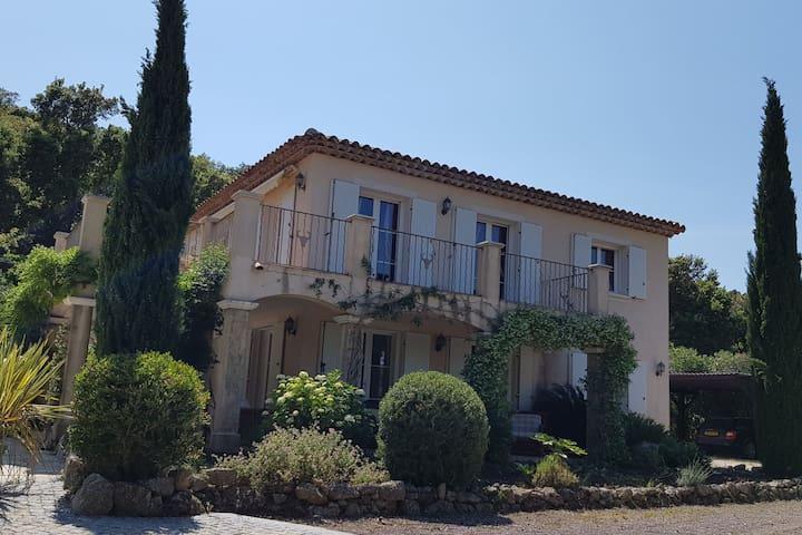 Beautiful charming Bastide style Villa in Le Plan-de-la-tour with Private Pool