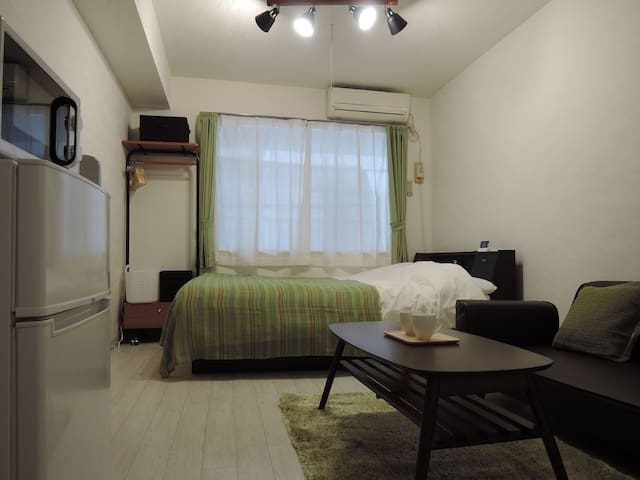 newly renovated studio in the center(3min JR Sta.) - Bunkyō-ku - Apartamento