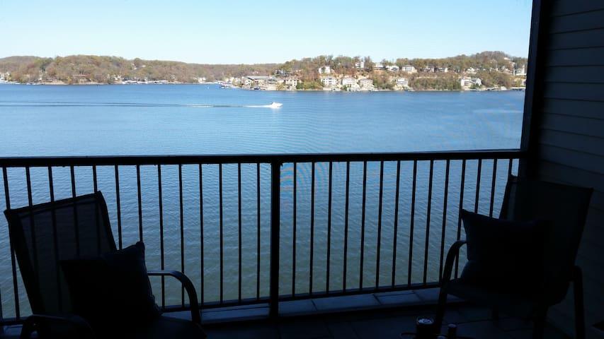 The Falls Magnificent view on main channel! - Lake Ozark - Condominium