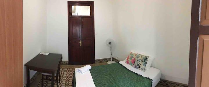 Cozy ROOM near El Muelle port ❤️❤️❤️❤️
