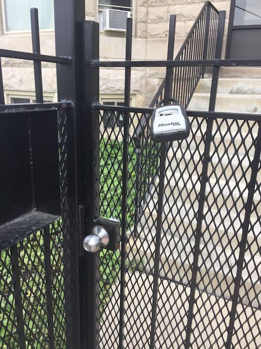 Get in building by use lockbox