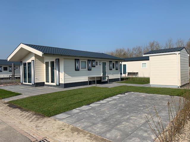 Nieuwe Lodge Zeemeeuw 187 strandcamping Valkenisse