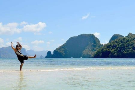 Travel Miles Accommodation Beach Front - El Nido - Bed & Breakfast