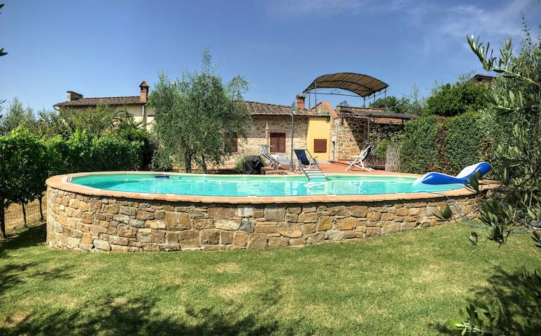 Country house with pool, garden, panoramic terrace - Radda in Chianti - Casa