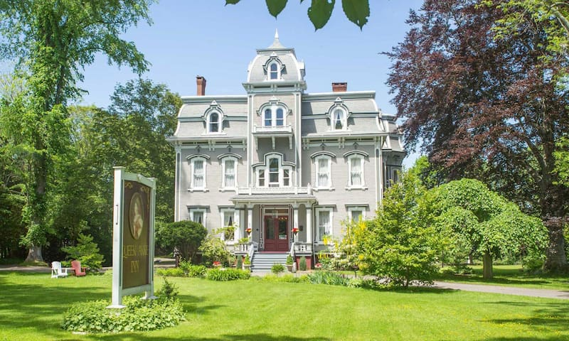 First class B&B in beautiful Annapolis Royal