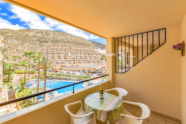 Nice studio with heated pool on Tenerife