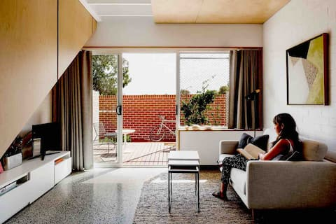 Beautiful new apartment close to Fremantle