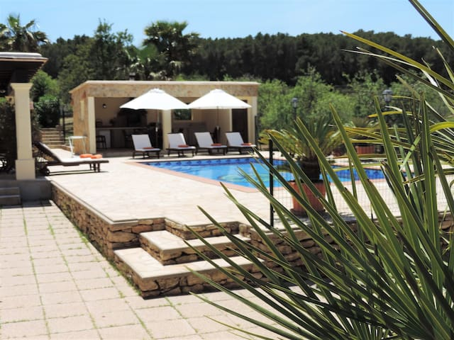 Holiday Villa with Private Pool near Benirras