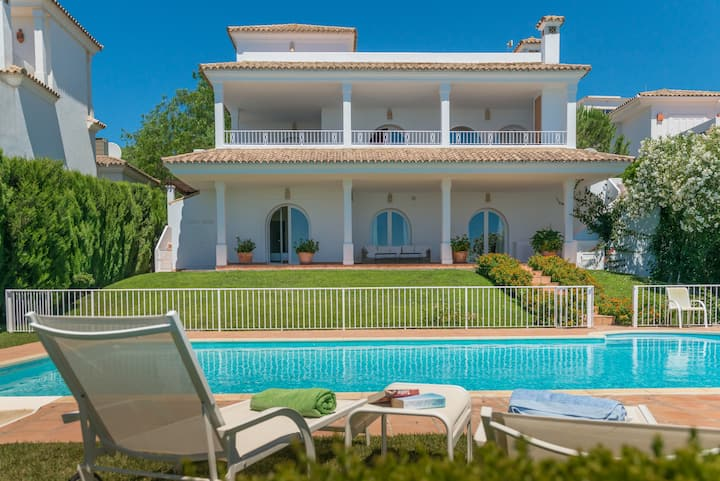 Villa Silene - Perfect for families, large Garden