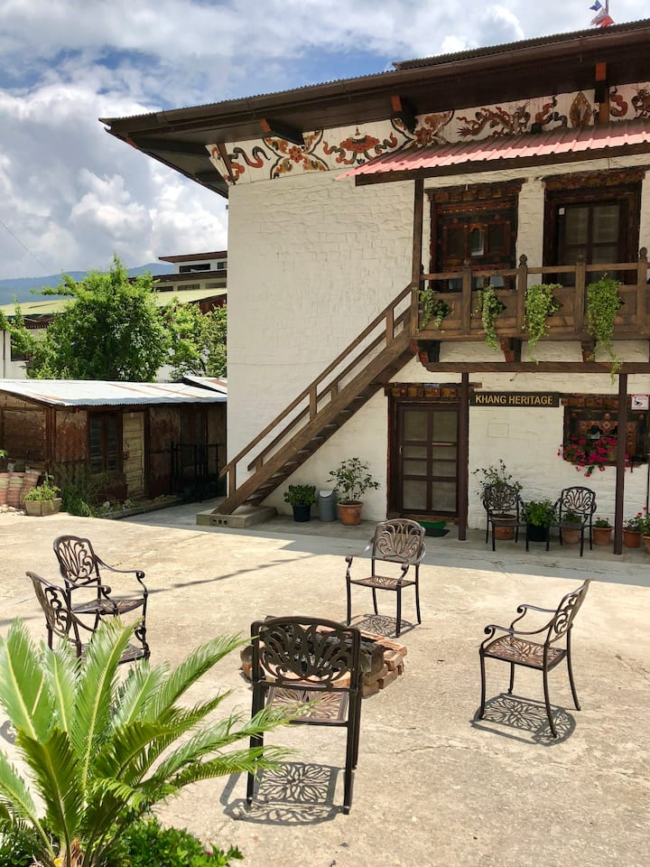 Khang Heritage: 3 BHK Peaceful & Cozy Home w/Patio