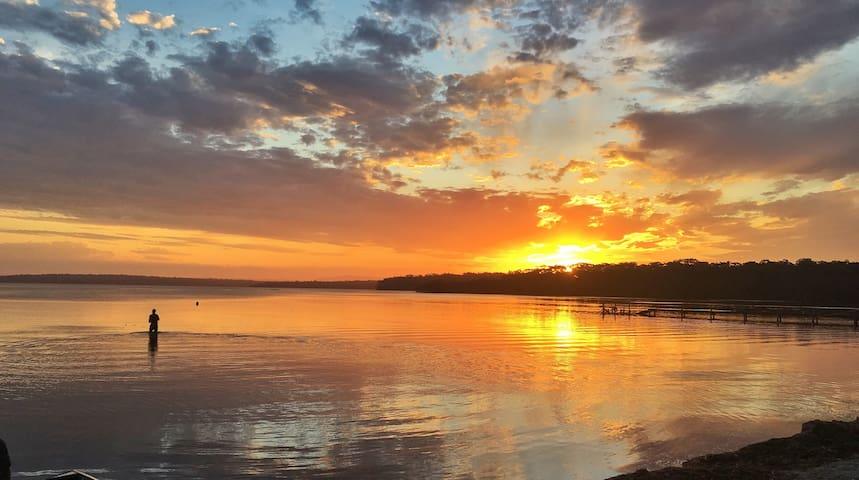 Island View Waterfront Near Jervis Bay