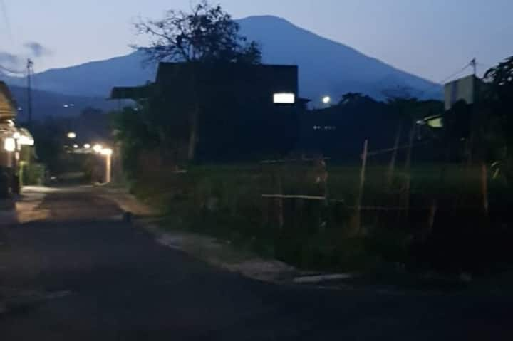 3 bedroom house at Cigugur with Mountain view