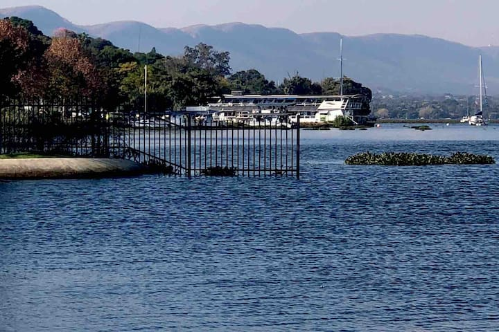 Waterfront Tranquil Apartment,Hartbeespoort dam