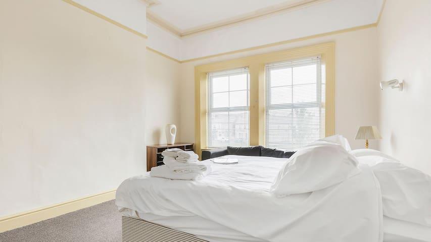 Wonderful triple in large house (room 5)