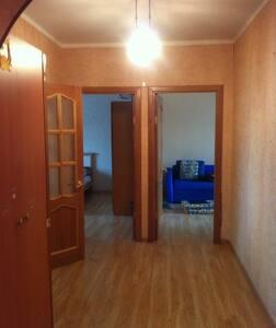Сдам 3-к квартиру, 5 мин. от метро - Moskva - Appartement