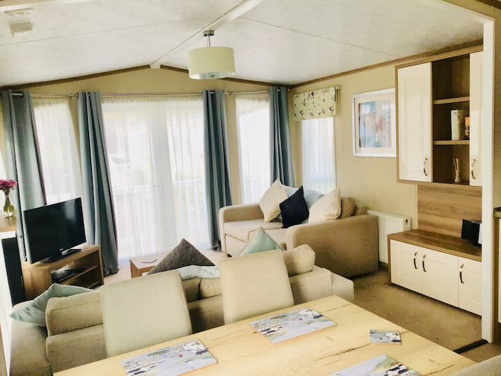 Sussex Coast Seaside Lodge