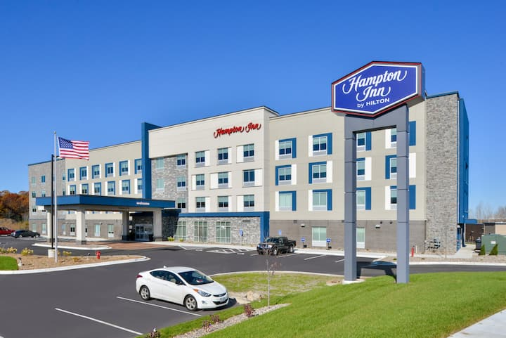 Brand new mid-scale hotel in the South Metro