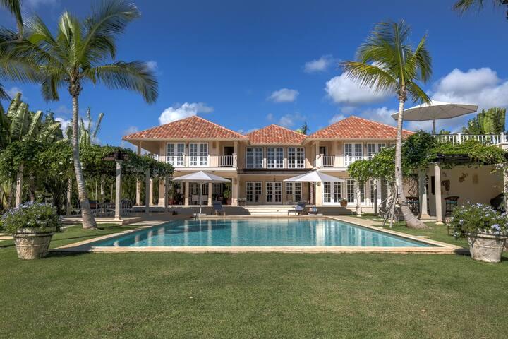 Punta Cana Resort & Club Villa 25