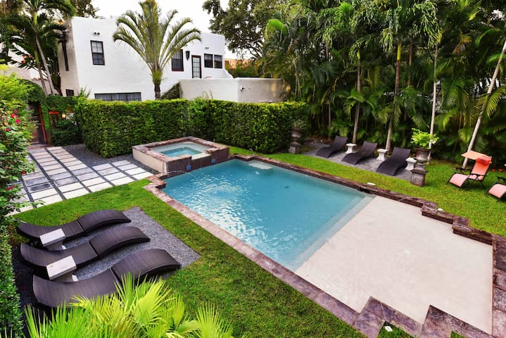 Charming & Historic Miami Cottage 2 bedroom & Pool - Miami - Apartemen