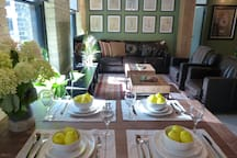 Dinner and company ready.. A perfect space for an intimate dinner or  casual get together