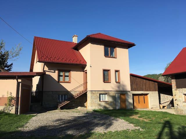 Dom w górach na wyłączność blisko szlaku na Pilsko