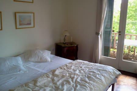 Alojamiento en Tigre-La Margarita Bed & Breakfast. - Victoria - บ้าน