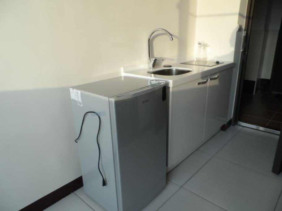 冰箱及流理台