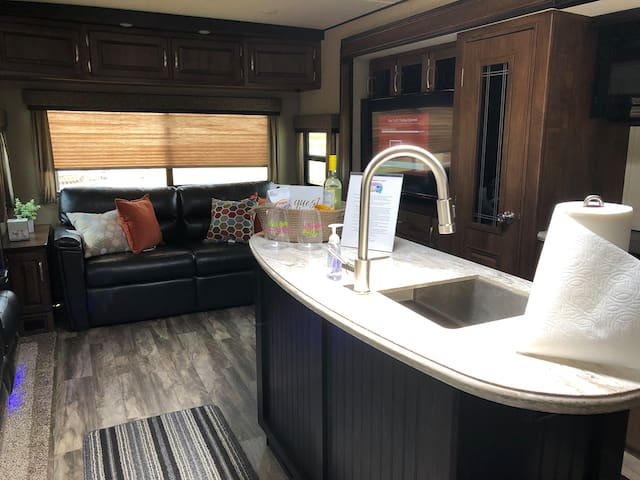 Travel Trailer in Wimberly!