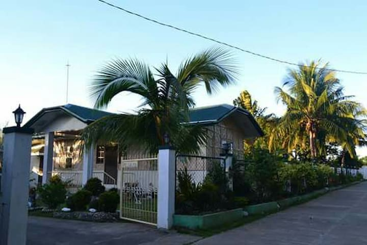 Budget-Friendly HOMESTAY - Laoag City - Casa